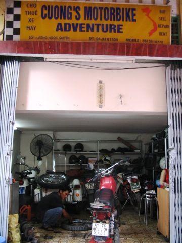 Vietnam, cuong-motorbike-shop