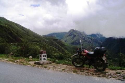 Vietnam, road-to-sapa