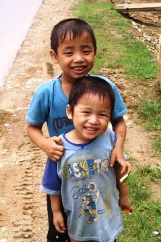 Vietnam, vietnam-village-kids